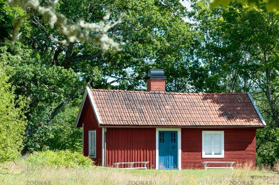 Schwedisches Holzhaus foto malerisches rotes holzhaus in schweden bild 3813037