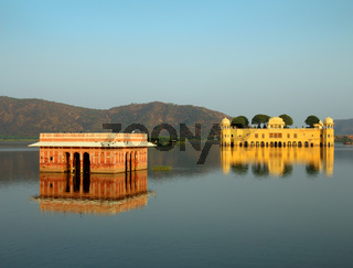 jal mahal - palace on lake in Jaipur