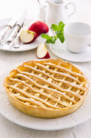 apple tarte with fresh apples