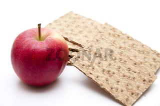 Apfel und Knäckebrot