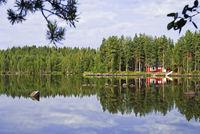 Mökki an Finnischem See Kätkänjärvi