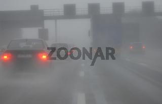 Schlechte Wetterverhältnisse auf der Autobahn