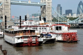 DSC_0080.JPG London paddle steamers