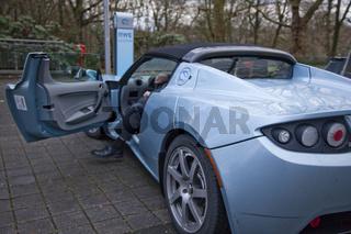 Elektro-Sportwagen Tesla