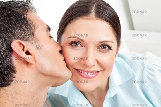 küssen frau mann