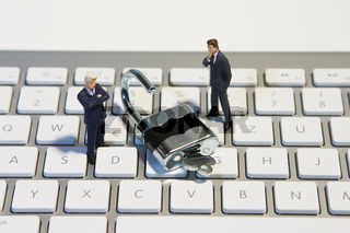 Männer Keyboard und Schloss