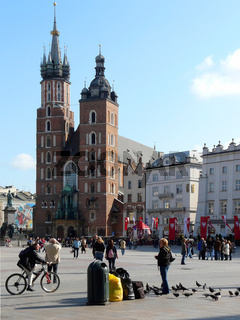 Markt und Marienkirche in Krakau in Polen