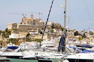 Spanien, Insel Ibiza, Blick auf die Altstadt