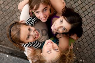 4 girls grouphug