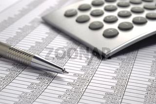 Kalkulation mit Zahlentabelle und Rechner