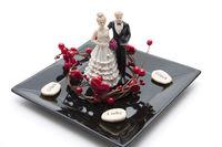 Braut Paar mit Herzkranz