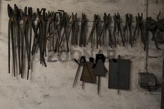 Schmiedewerkstatt mit Werkzeug
