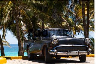 Kuba amerikanischer Oldtimer in Varadero 2