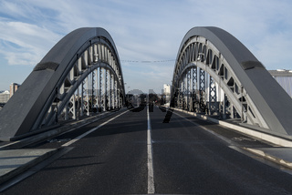 Honsellbrücke im Frankfurter Osthafen