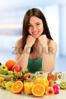 Young woman having breakfast. Balanced diet.