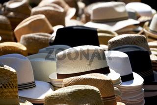 Hüte auf Markt
