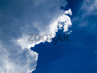 Wolken mit Rand_2