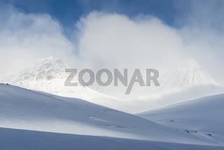 Winterlandschaft im Tal Stuor Reaiddavaggi, Kebnekaisefjaell, Lappland
