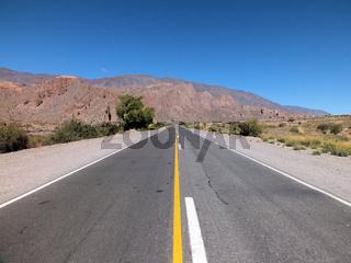 RN51 heading north through Quebrada del Toro