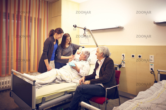 Krankenhaus Besuch Familie