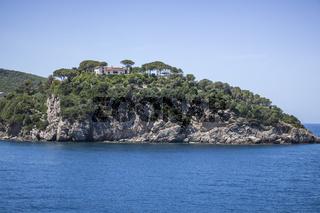 Mittelmeerküste bei Cavo, Elba, Italien