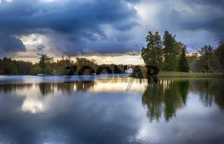 evening in autumn park
