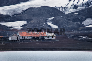 Walfangstation auf Deception Island, Antarktis