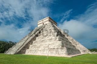El Castillo or Temple of Kukulkan pyramid, Chichen Itza, Yucatan, Mexico