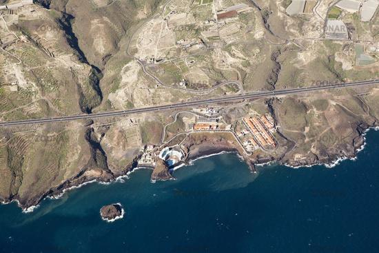 Luftaufnahme der Kueste bei Los Roques Fasnia, Teneriffa