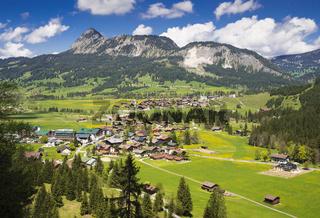 Haldensee und Grän Tannheimer Tal Österreich
