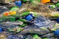 Zerdrückte PET-Flaschen Crushed PET-bottles
