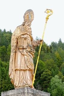 Skulptur des Heiligen Blasius in St.Blasien Schwarzwald