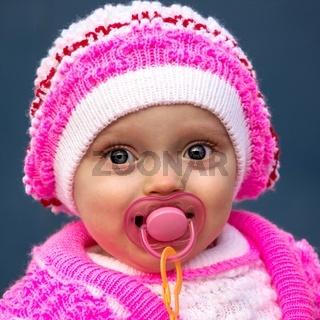 Porträt einer schönen kleinen Mädchen (Kind)