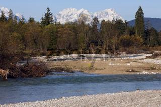 Obere Isar mit Wetterstein, Bayern