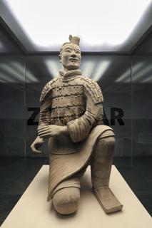 kneeling archer of terracotta warrior
