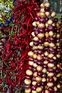 Zwiebeln ( Bülle ) und Peperroni