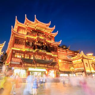 shanghai yuyuan garden at night