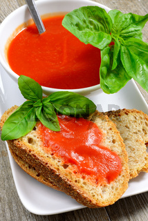 bruschetta and tomatoe sauce