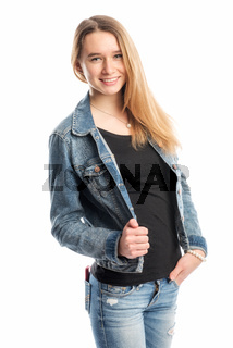 lässiger teenager in jeans