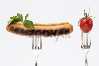 Bratwurst und Tomate