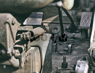 Trecker Oldtimer Sepia
