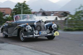 Südtirol Classic Cars_MERCEDES 300 S Roadster