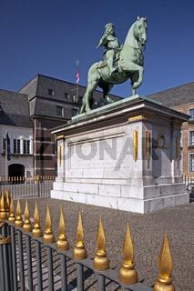 D_Jan Wellem Statue_01.tif