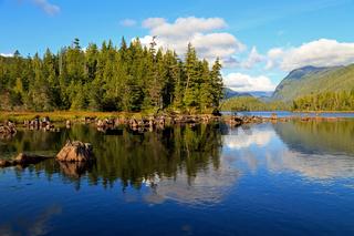 Kanadische Flusslandschaft