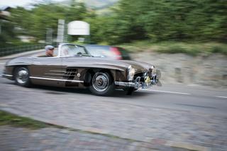 Südtirol Classic Cars_MERCEDES 300 SL Roadster