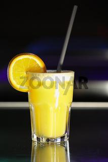 gelber Cocktail