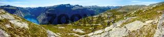 Ringedalsvatnet lake panorama (Norway)