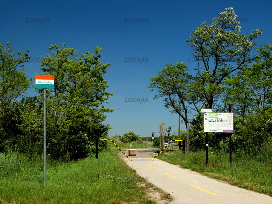 Neusiedlersee österreich  Foto Radweg - Grenzübergang Ungarn - Österreich am Neusiedler See ...
