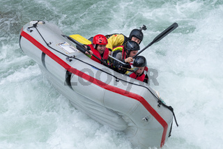Grey raft team