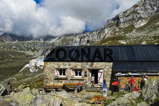 Binntalhütte des Schweizer Alpen-Clubs SAC, Binntal, Kanton Wallis, Schweiz